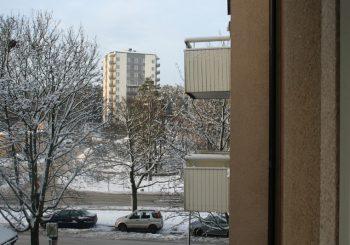 Ombyggnad, säkerhetsdörr & balkonginglasning